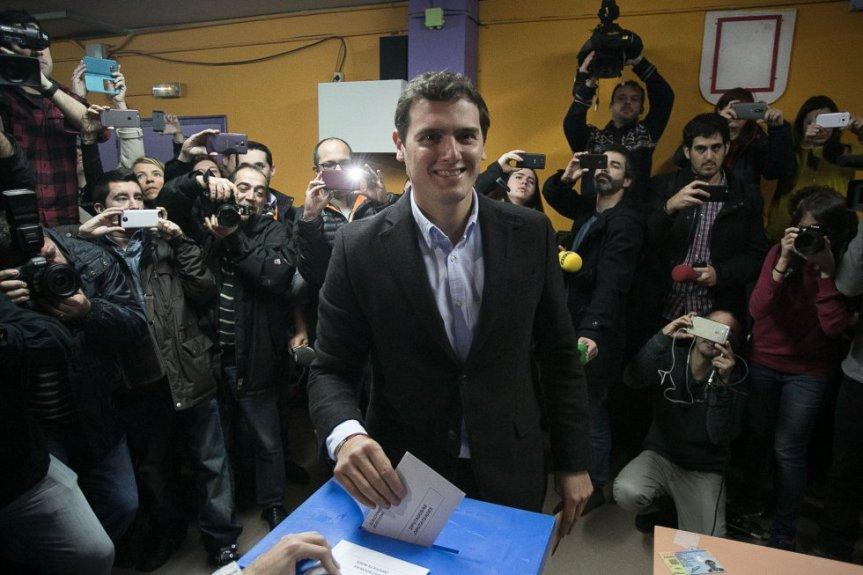 Vientos de cambio en España tras las Elecciones Generales2015